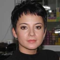Екатерина, мастер маникюра салона красоты